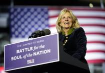 Супруга фаворита президентской кампании-2020 в США, демократа Джо Байдена Джилл станет единственной за историю страны «первой леди», которая не оставит свою постоянную работу в колледже, даже когда приобретёт новый статус