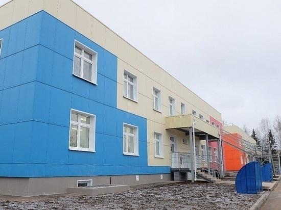 В Котельниче открылся новый детсад с бассейном