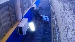 Побег заключенных из бразильской тюрьмы сняли на видео: сделали подкоп