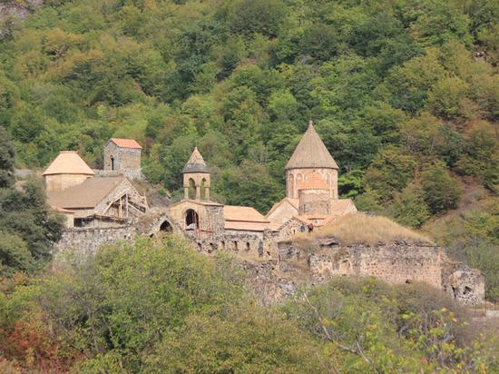 Беженцы готовятся к исходу в Армению