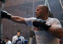 Федор Емельяненко готовится стать чемпионом Bellator в 44 года