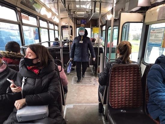 В Пскове несколько автобусных рейсов отменили из-за болезни кондукторов