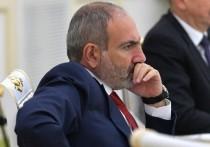 В Армении задержали укравших из резиденции Пашиняна компьютер, часы и духи