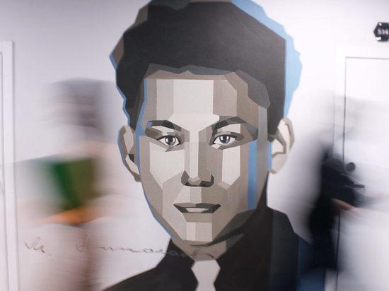 Портрет первого президента Якутии украсил IT-парк