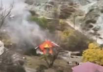 В Карабахе начали сжигать дома перед сдачей территорий Азербайджану