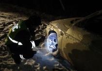 На Урале годовалая девочка и 5-летний мальчик пострадали из-за вылета ВАЗ-2110 в кювет