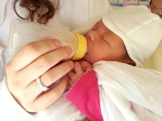 4654 семьи в Марий Эл получили выплаты на первого ребенка