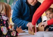 По окончании декретного отпуска оформляется ежемесячное пособие по уходу за ребенком до 1,5 лет