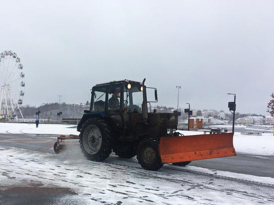 Около 600 тонн песка и соли высыпали на дороги Чебоксар