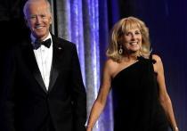 Семейные тайны Байдена: кто помогал Джо завоевывать политический олимп