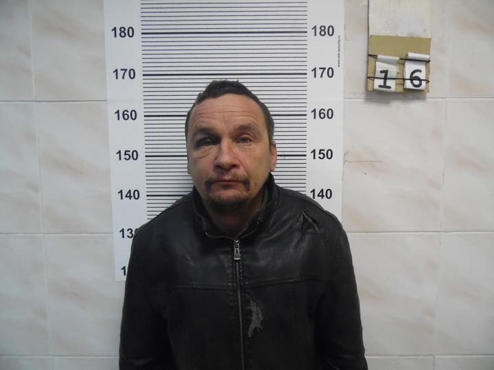 Задержаны мужчины, избившие и ограбившие жителя Екатеринбурга