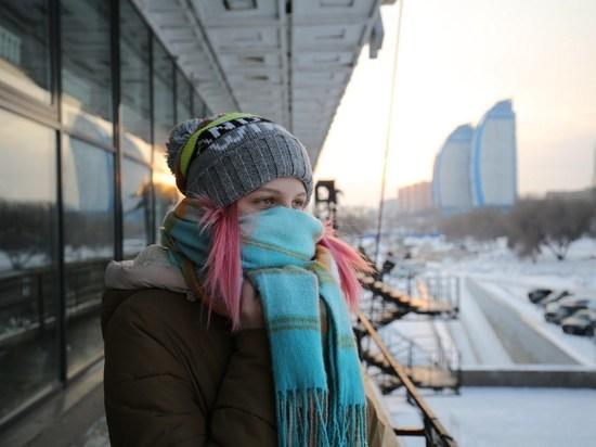 «COVID повиснет в воздухе»: лор заявил о высоком риске заболеть в морозы