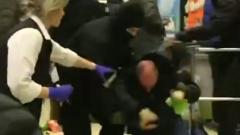 Белорусский ОМОН избил людей дубинками в магазине: жестокость шокирует
