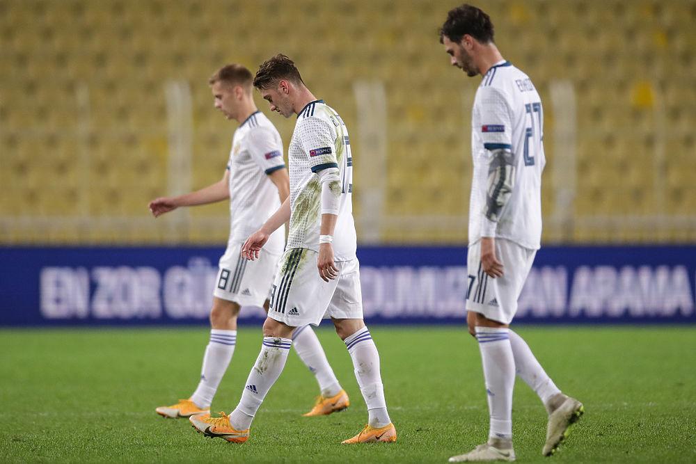 Ошибка Оздоева и первое поражение в Лиге наций: Турция — Россия 3:2