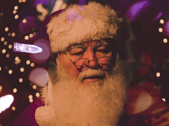 В кировских библиотеках отмечают день рождения Деда Мороза