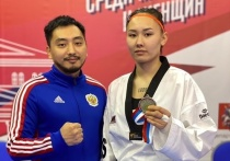 Ростовчанка завоевала золото на Чемпионате России по тхэквондо