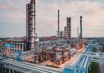 На Омском НПЗ выросло производство автомобильного топлива
