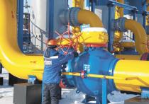 Минск хотел бы приобретать газ и нефть у Казахстана и Туркмении, но Россия не разрешит их транспортировку через свою территорию, заявил Александр Лукашенко