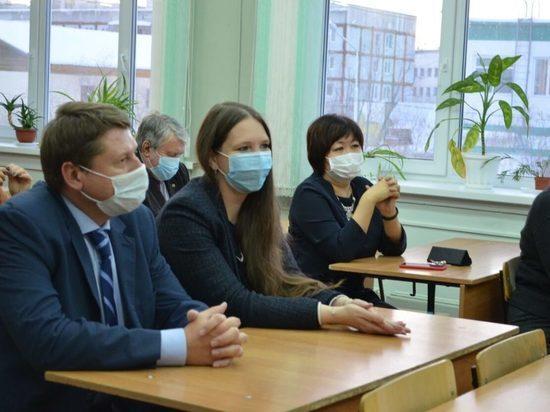 Делегация Минпросвещения РФ ознакомилась с работой образовательных учреждений города Якутска
