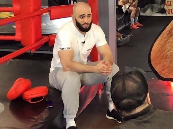 Бывший боец UFC спустя три дня опубликовал разоблачающее интервью, которое вызвало у болельщиков смех
