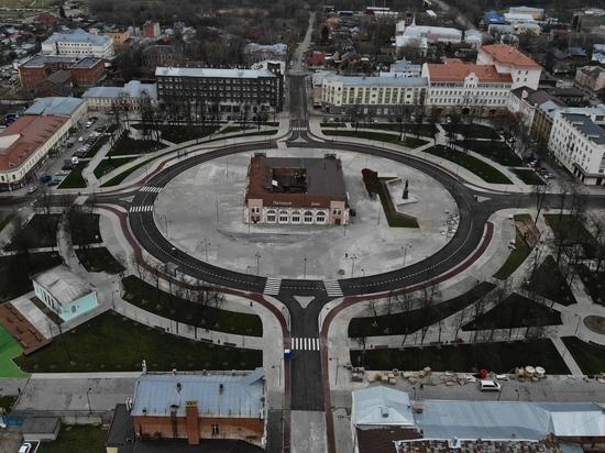 16 ноября в 23-00 на центральной площади Серпухова возобновили автомобильное движение