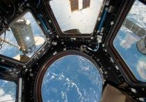 В российском модуле МКС установили заплатку на трещину