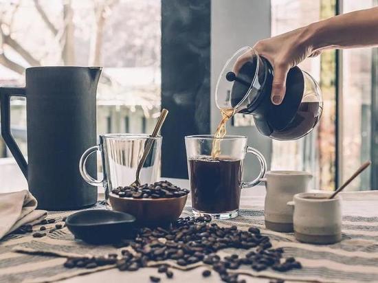 Эндокринолог пояснил, когда опасно пить кофе