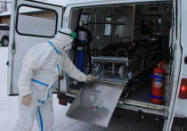 Больница в селе Шурышкарского района получила новую машину «скорой»