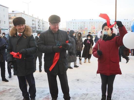 Глава Якутии и руководство Госкорпорации ФСР ЖКХ сегодня работали в поселке Жатай