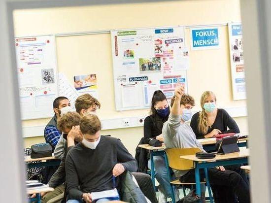 Обучение в Германии хотят продлить на год