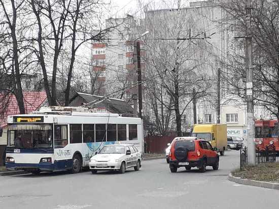 В Калуге встали троллейбусы по 18 и 6 маршруту