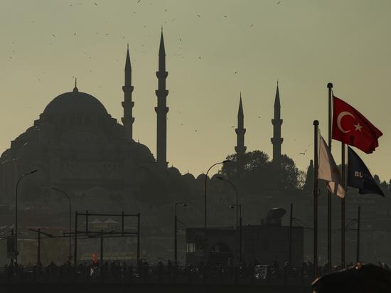 4cfbf5f4f3df27736d7739edb6900e7f - Ужесточение карантина в Турции повлияет на туристический Новый год