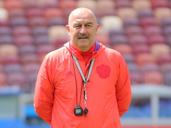 Команда Станислава Черчесова обязана играть в Белграде на победу
