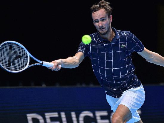 Победа над первой ракеткой мира обеспечила Даниилу выход в полуфинал Итогового турнира ATP