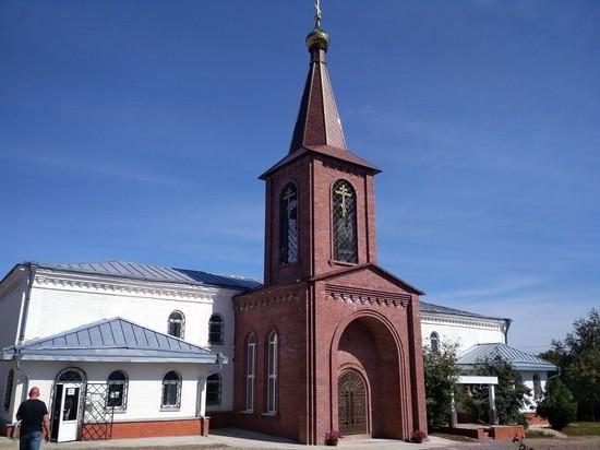 Каменно-Бродский Свято-Троицкий монастырь: истории исцеления в пещерах