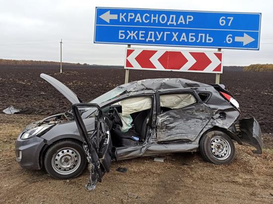 В Белореченском районе Кубани «КАМАЗ» протаранил легковушку
