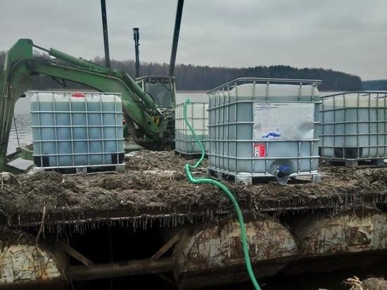В Людиновское водохранилище запустили 7200 литров хлореллы
