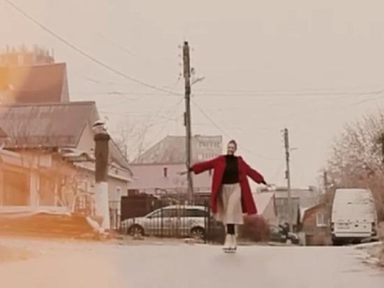 Калужане на коньках катаются по дорогам