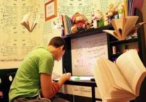 После затянувшейся «дистанционки» многие выпускники саратовских школ не смогут поступить в вузы