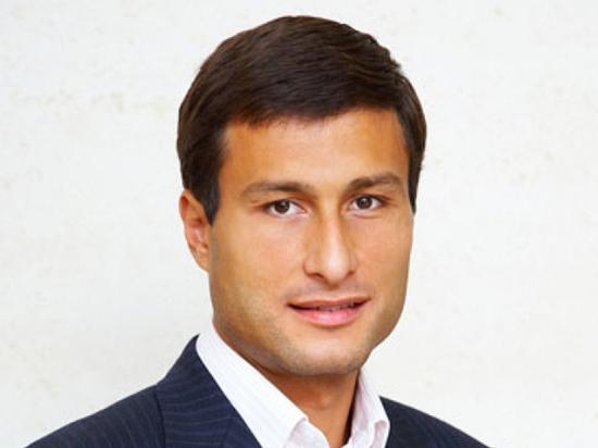 Олег Марков утверждает, что купил его у антиквара несколько лет назад