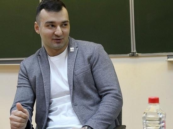 """Кировские студенты участвуют в проекте """"Диалог на равных"""""""