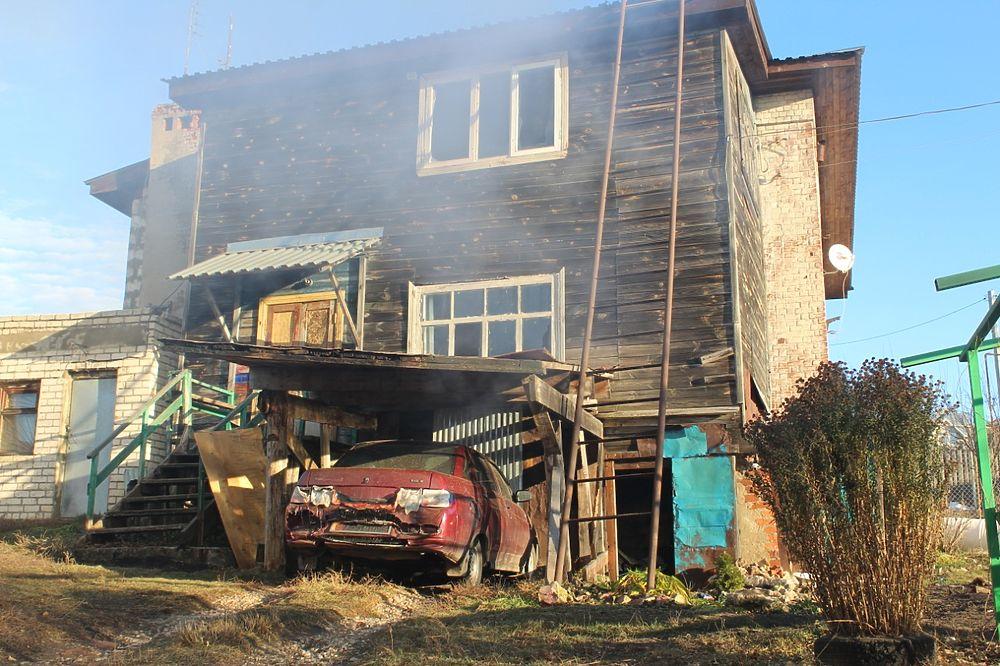 Пожар уничтожил памятник культуры: фото сгоревшего дома Барковых в Касимове