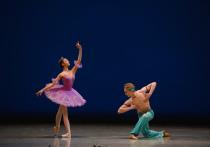 Несмотря на всемирную пандемию и прочие сопутствующие обстоятельства, один из самых знаменитых и престижных во всем мире балетных конкурсов «Арабеск», носящий с 2012 года имя легендарной балерины Екатерины Максимовой, прошел в этом году в 16 раз и вопреки всему не снизил свою планку