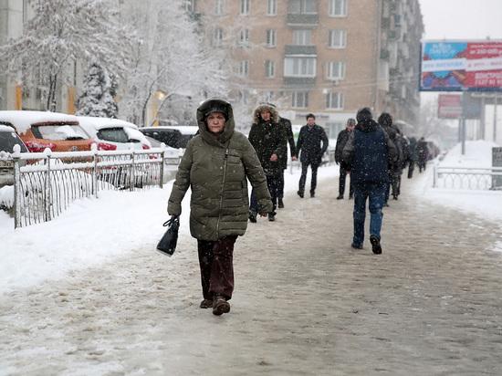 Жителей столицы призывают отказаться от личного транспорта и сапог на шпильках