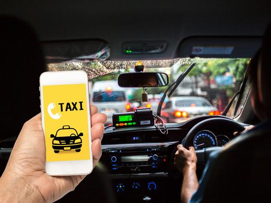 Свердловские власти уже не требуют, а рекомендуют экраны в такси