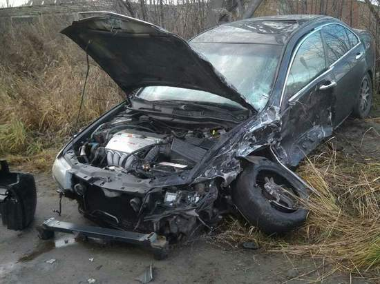 Два автомобиля превратились в груду металла, попав в ДТП