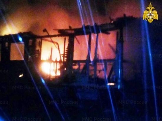 На пожаре жилого дома в Калужской области пострадал человек