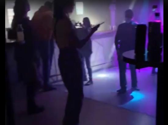 Красноярскому клубу грозит третий штраф за ночную «танцевальную тренировку»
