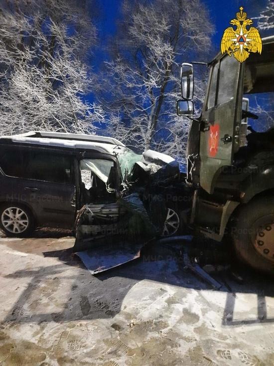 """Два человека попали в больницу после ДТП с военным """"Камазом"""" под Калугой"""