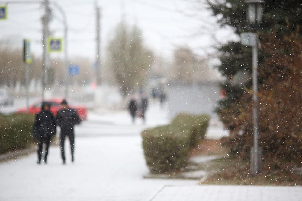 Волгоградскую область накрывает снегом